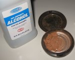 Use alcohol to put together broken compact powder makeup